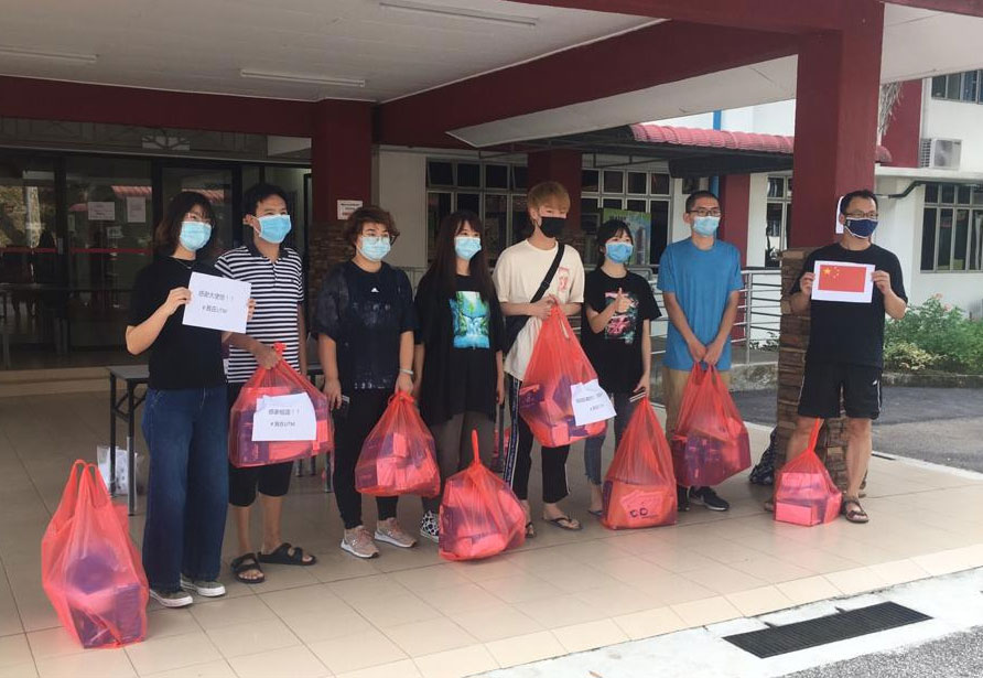 china-students-donate-masks-covid-19